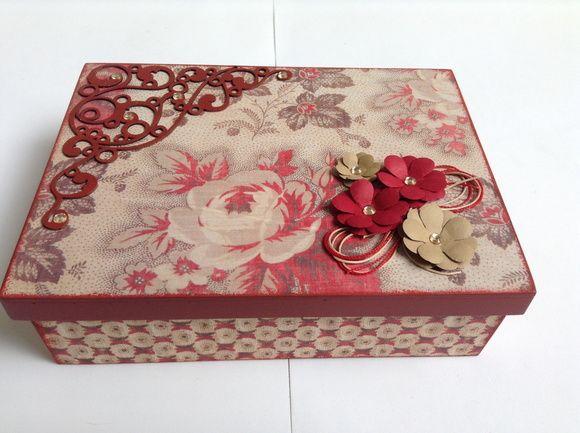 Caixa mdf decorada com scrap decor