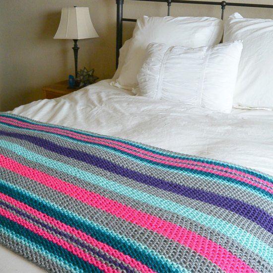 Best 25+ Beginner knitting blanket ideas on Pinterest ...