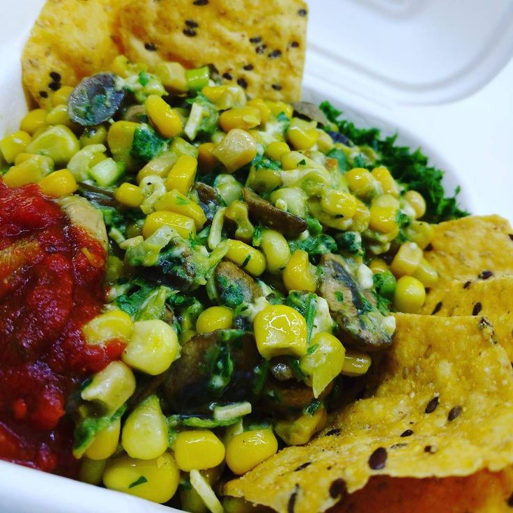 We cook #food & serve #love  #vegan #hollycorn  #Veggie  #fresh #guacamole  #glutenfree #tortilla chips #organic #nongmo #corn #steamed #local #Mushrooms #fresh herbs and lime #hollyfoodcanada #foodtruck  #Catering  #delivery  #vancity  #canadian #business  #ecofriendly and #biodegradable containers  #pure #Olive oil The #tastiest #healthy #Streetfood