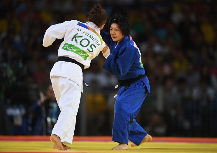リオ五輪第2日。柔道。女子52kg級の中村美里はコソボに初の金メダルをもたらしたマイリンダ・ケルメンディに敗れるものの、銅メダルを獲得=ブラジル・リオデジャネイロ