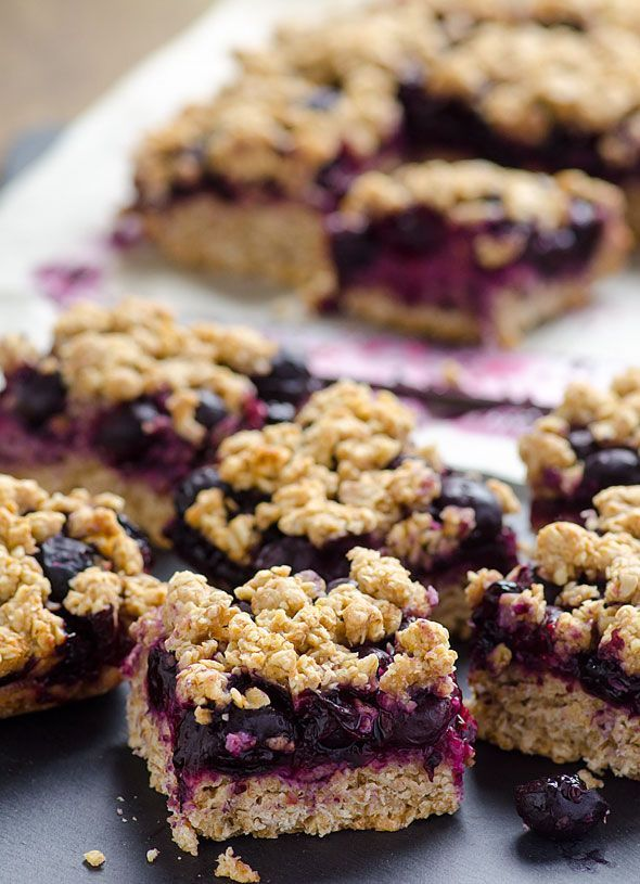 Blueberry Oatmeal Crumble Bars recipe made healthy with whole wheat flour, oats, applesauce, coconut oil, maple syrup, fresh or frozen blueberries and a hint of lemon. Healthy and delicious. | ifoodreal.com
