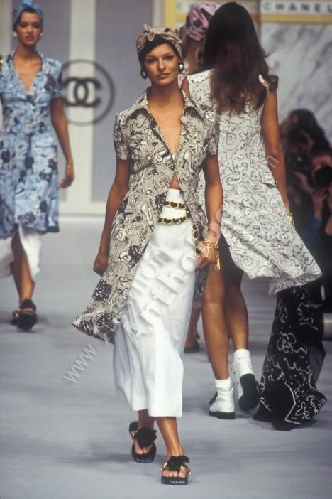 539 best images about chanel 1990s chanel1990 on for Pret a porter history