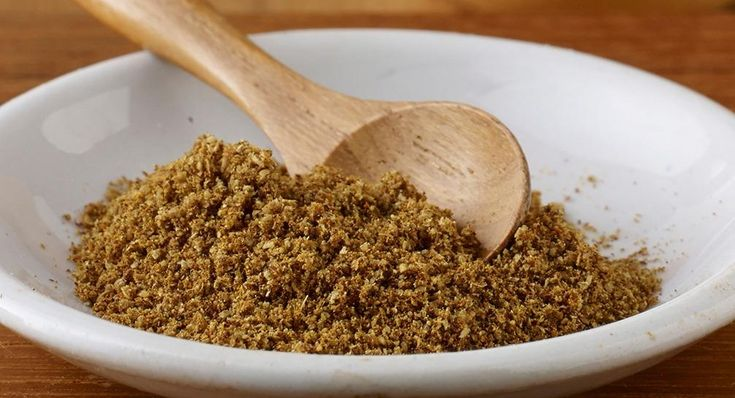 Shawarma spice blend Use this favorite Middle Eastern street food flavor, made with cumin, cinnamon, black pepper and more, on chicken, beef and lamb before grilling or roasting. Also great in spiced sweet treats like cake and cookies.