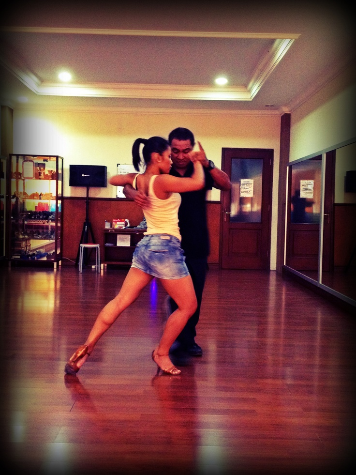Tango - such an intense and intimate dance! Love it! #tango #dancing