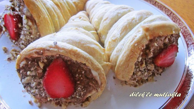 İzmir'in Meşhur Torpil Pastası Nasıl Yapılır