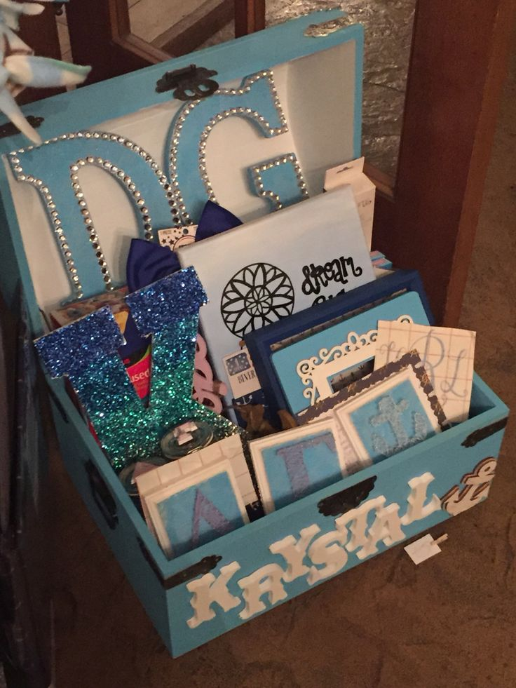 delta gamma basket of goodies for big little reveal