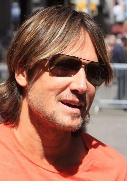 Keith Urban Photos Photos - Celebrities visit the ABC Studios to tape a segment on 'Good Morning America' in New York City on July 15, 2013. - Celebs Visit the ABC Studios