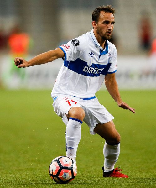 Fuenzalida of Universidad Catolica in action during the match between Atletico PR of Brazil and Universidad Catolica of Chile for the Copa Bridgestone Libertadores2017 at Arena da Baixada stadium on March 07, 2017 in Curitiba, Brazil.