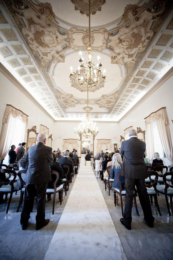 Bianco, grigio e argento per il matrimonio di una wedding planner: Rossana e Paolo