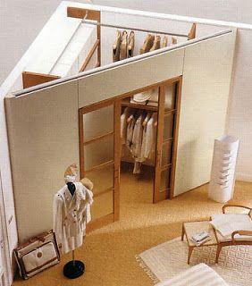Progetta la tua cabina armadio e potrai sfruttare al massimo gli spazi anche della tua casa di Roma. Come hanno fatto in questa soluzione. www.arrediemobili.com