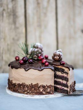 Live to Bake: Voňavá čokoládová torta so škoricou a brusnicami