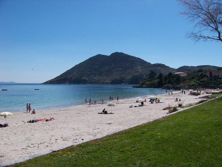 Playas cerca de Santiago de Compostela (III): Playa de San Francisco (MUROS) | Hostal Mexico - Ofertas Verano - B&B Santiago de Compostela #playas #galicia #compostela