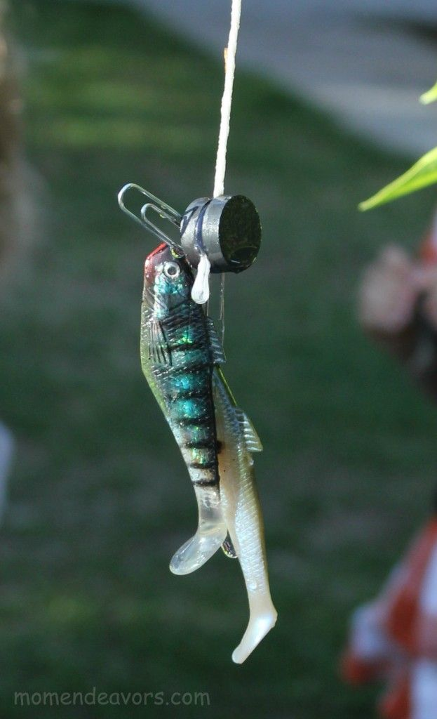 Easy magnetic fishing activity (tutorial)! The kids LOVED this!