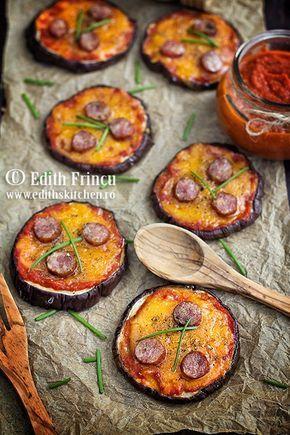 Mini pizza de vinete, cu cascaval, carnati si sos de rosii, rapide si delicioase pentru o cina lejera sau o gustare.