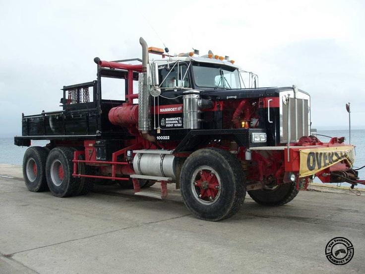 Mule Tow Tractor : The best kenworth trucks ideas on pinterest semi