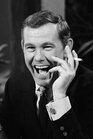 Johnny Carson....ALWAYS LOVED THIS MAN.....HE WAS SO FUNNY....LOL