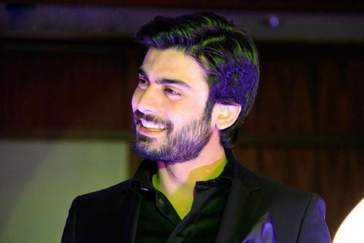 Hot Celebrities Beard Styles |LATEST FASHION TODAY]  www.shaadi.org.pk