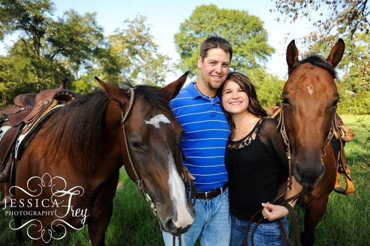 horse engagement pic
