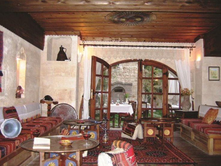 Köklü bir kültüre ve tarihe sahip olan ülkemiz evleriyle, evlerinin mimarisi ve kullanışıyla da oldukça zengindir.