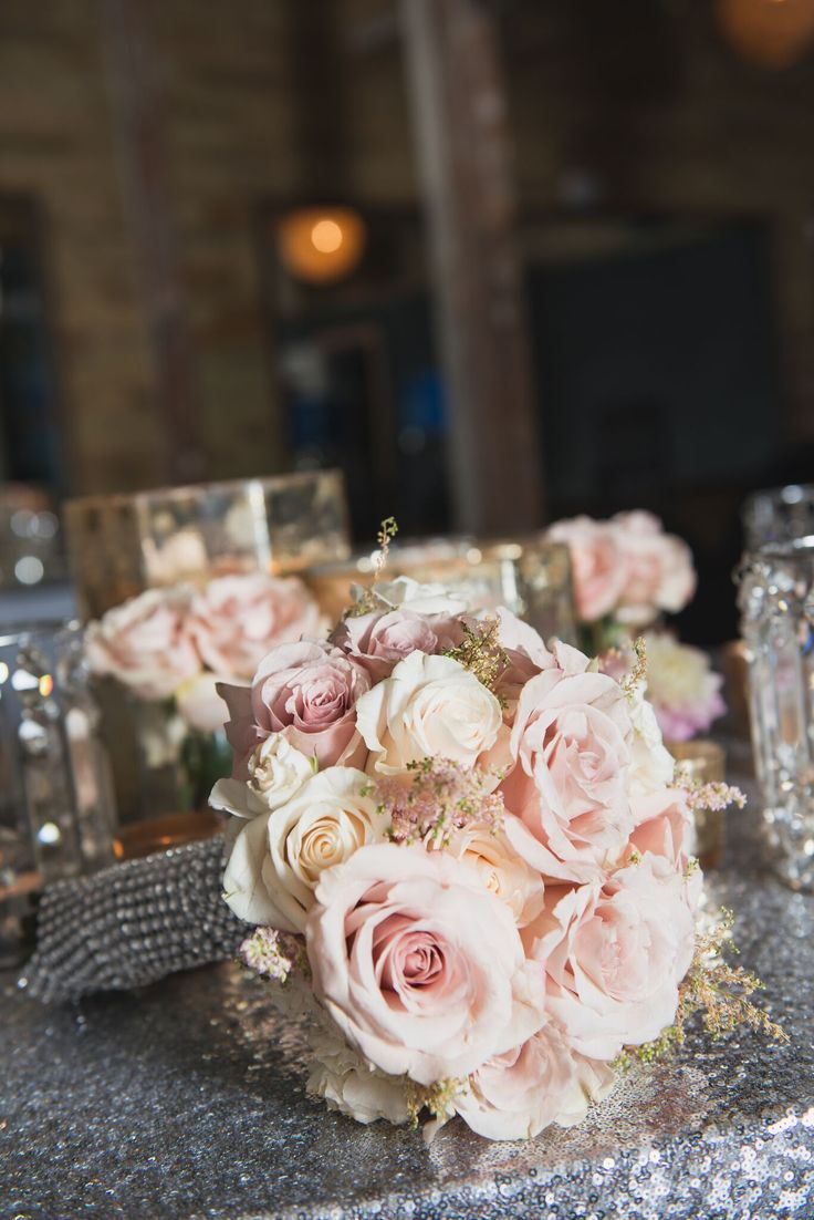 Roses and sequins * bouquetideas weddinginspo