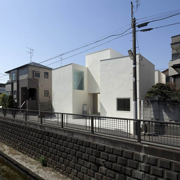 Portico residence by Aida Atelier and Kuno Lab in Tokyo, JapanResidential Architecture, Architecture 01, Portico House, Ate Kuno, Architecture Masterpiece, Kuno Labs, Aida Atelier, Architecture Ideas, Architecture Pin