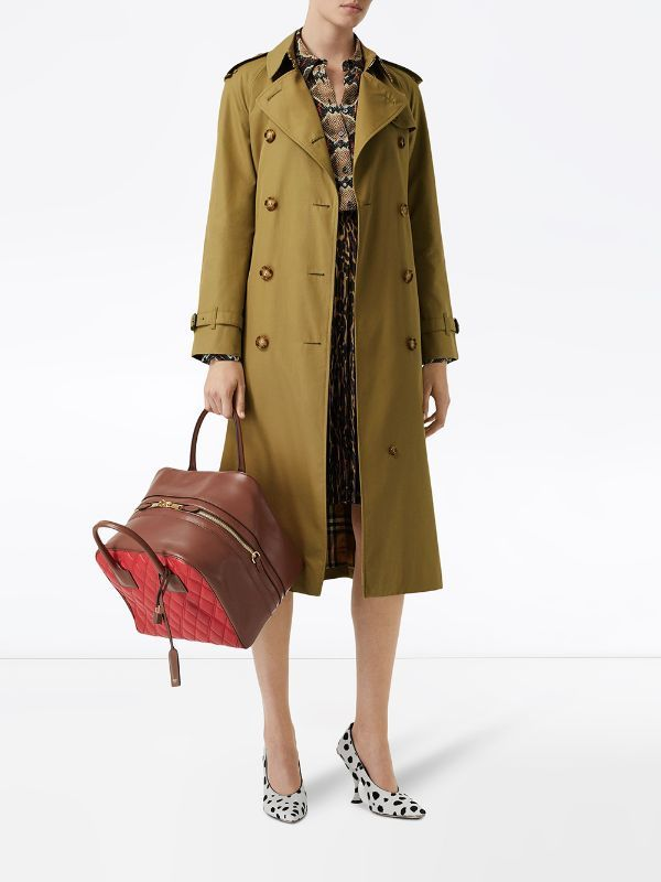 Burberry The Waterloo Trenchcoat Farfetch In 2020 Trenchcoat Mantel Burberry