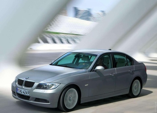 BMW 320d Sedan.    Lightweight construction, energy management, engine technologies. Everyone of these BMW automobiles offers proof that efficiency and dynamics compliment one another perfectly. In the BMW 1 Series Coupé to the BMW 5 Series Touring.