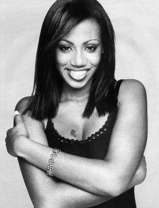 Shaznay Lewis (October 14, 1975) British singer and songwriter, o.a. known from girlgroup All Saints.