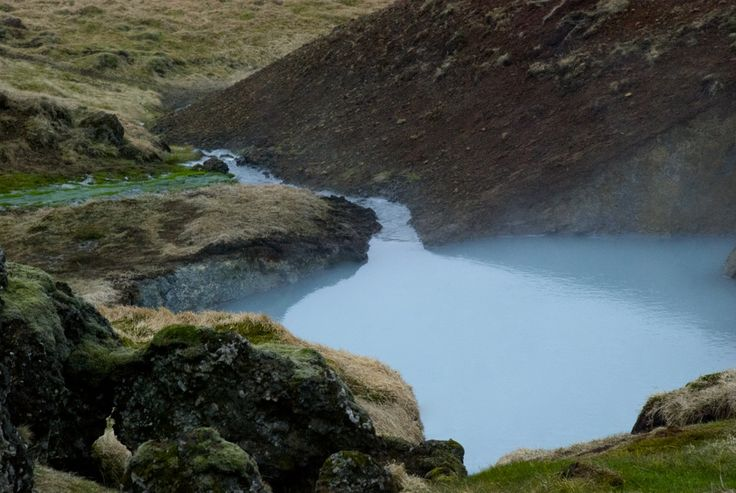 Hiking trail in Reykjadalur.  #iceland #island #Hveragerði #hiking #vandring #nature #mountains #Reykjadalur