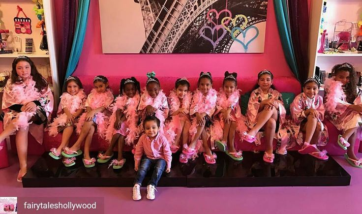 Credit to @fairytaleshollywood : Spa party that is both fabulous and fun at Fairytales. Add a little glitz to your glam and sparkle to your fun #spaparty #kidsspa #browardparties  #hollywoodtapfl #hollywoodfl #hollywoodflorida #hollywoodbeach #downtownhollywood #miami #fortlauderdale #ftlauderdale #aventura #dania #daniabeach #hallandale #hallandalebeach #davie #pembrokepines #miramar @hollywoodtapfl