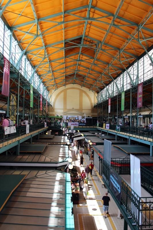 Hold utca #market, downtown #Budapest