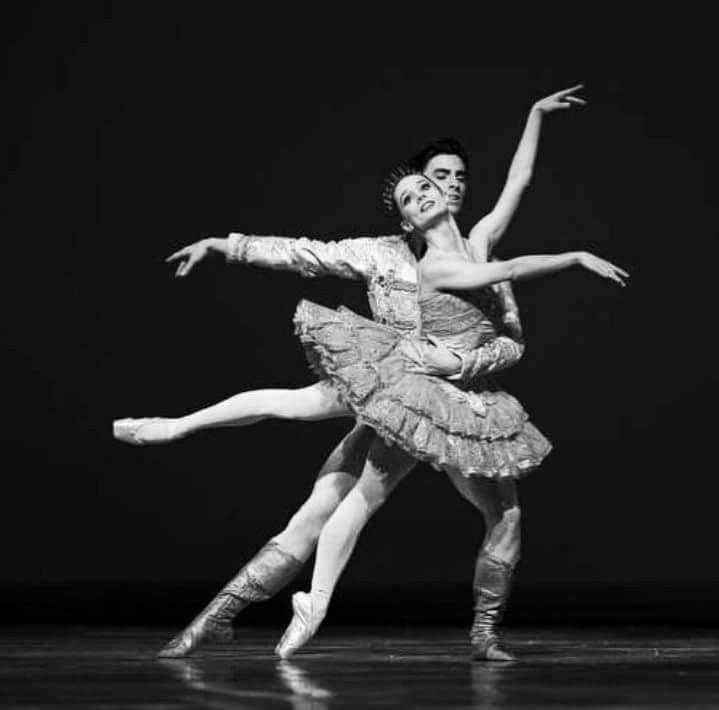 "<<Maria Kochetkova and Joseph Walsh In ""The Nutcracker"" (San Francisco Ballet) # Photo © Erik Tomasson>>"