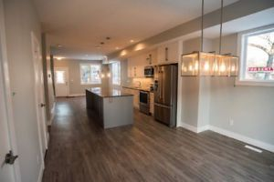 New & Modern Townhouse with Roof Top Patio near 124St & Downtown