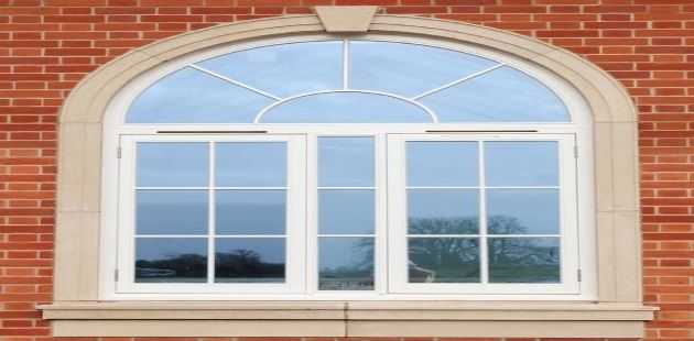 Stunning Arched Windows Design Ideas for Bay Window Exterior Designs