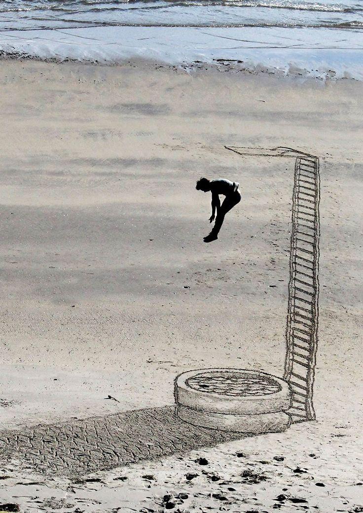 Mind-Bending 3D Beach Art By NZ Artist Jamie Harkins /;)