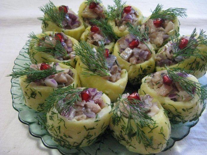 Картошка фаршированная селедкой:оригинальная подача к праздничному столу! Мои гости оценили!