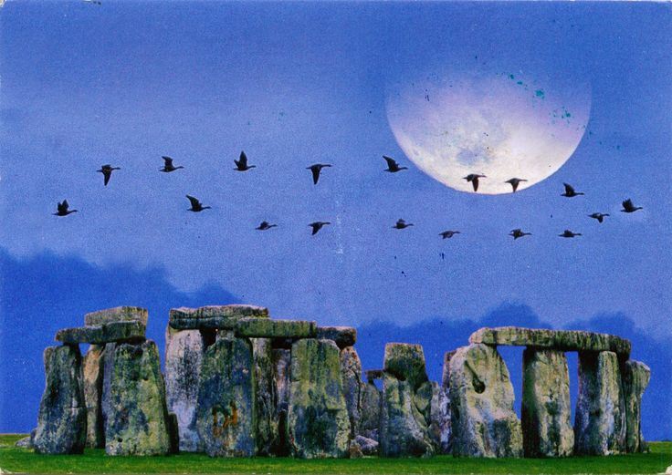 "UNITED KINGDOM (England) - Stonehenge in springtime - part of ""Stonehenge, Avebury and Associated Sites"" (UNESCO WHS)"