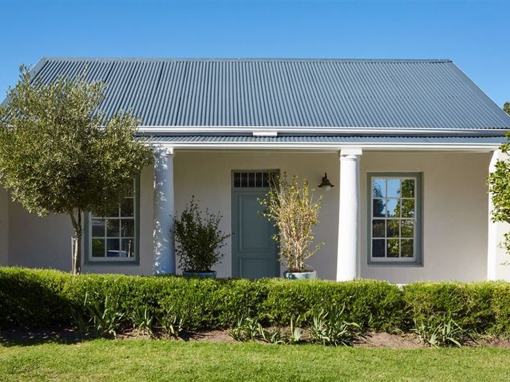 Tockie's Cottage - Located on one of Franschhoek's oldest roads, this historic, two-bedroomed cottage's unimposing wooden entrance and tin-roof veranda belie the elegance and spaciousness found inside.Blending hints ... #weekendgetaways #franschhoek #winelands #southafrica