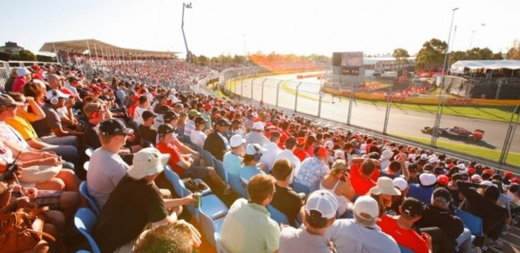 F1 Australian Grand Prix 2015 | Sporting Events in Melbourne | Distant Journeys | http://www.distantjourneys.co.uk/blog/lewis-hamilton-victorious-at-australian-grand-prix/