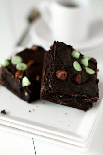 Mint Chocolate Chip Brownies Recipe | Mint Chocolate, Mint Chocolate ...