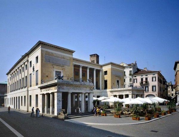 Cafe Pedrocchi, Padua