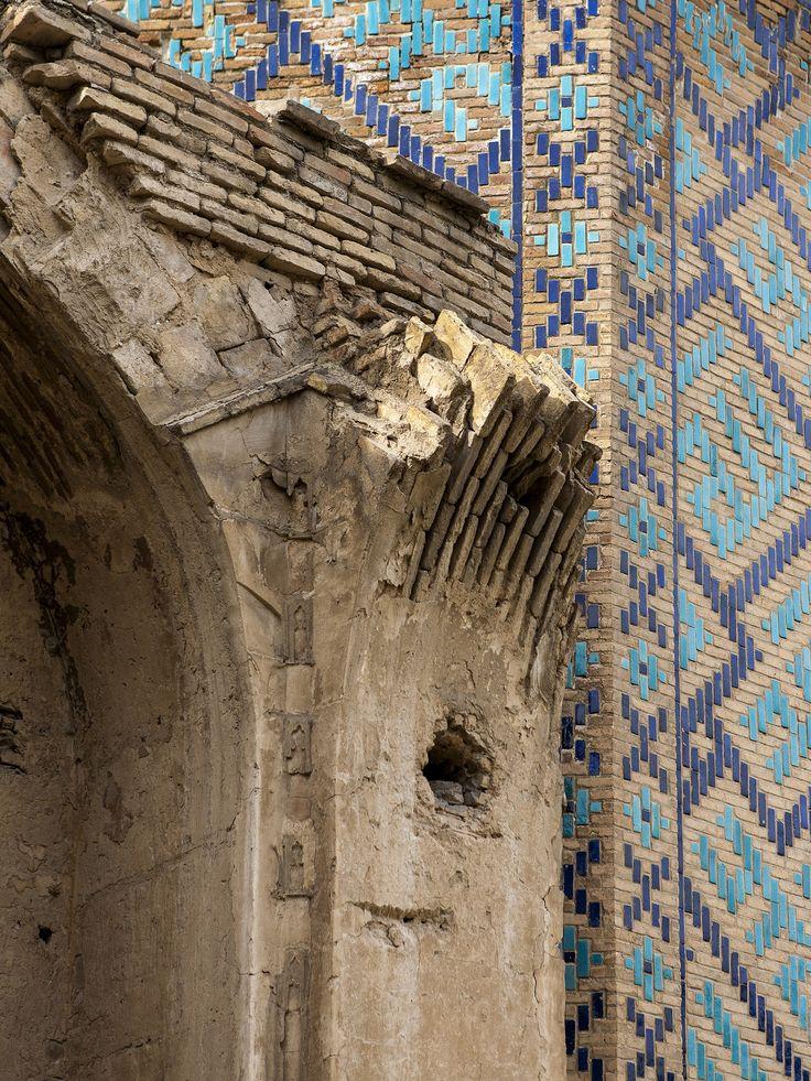 https://flic.kr/p/BiJVBH | Uncompleted #construction #blue #bricks #arches #darkblue