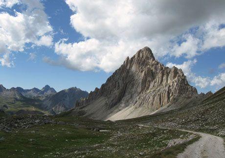 Rocca La Meya #mountains  #piemonte #italy  #provinciadicuneo