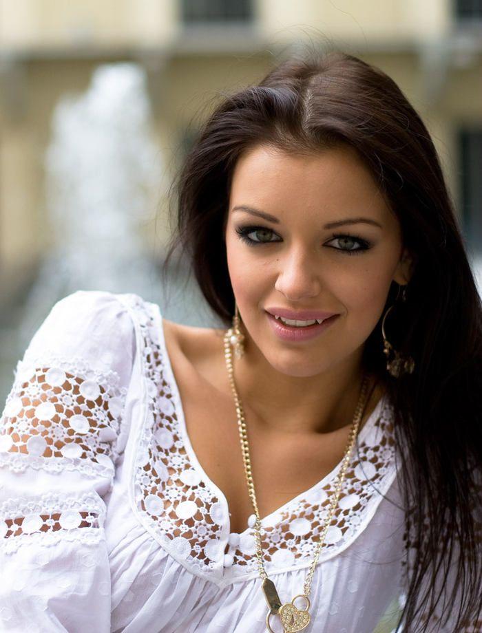 Jitka Valkova | Jitka Válková se vrátila z Miss Universe. Unavéna, ale spokojená ...
