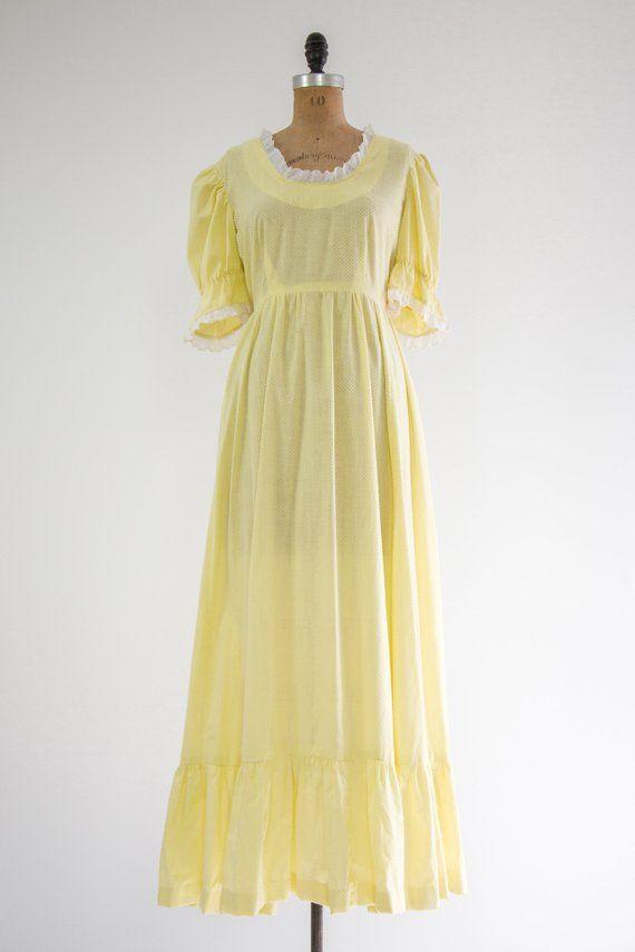 b7762ca7a8 vintage 1970s maxi dress