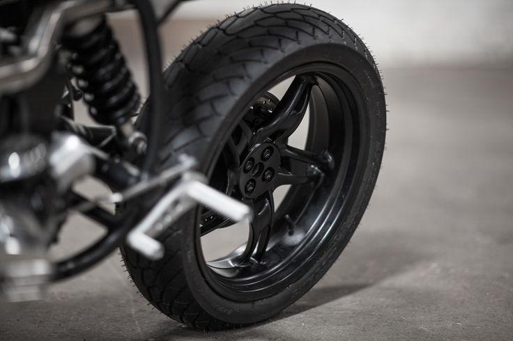 ed_turner_motorcycles_bmw_r65_v2_17