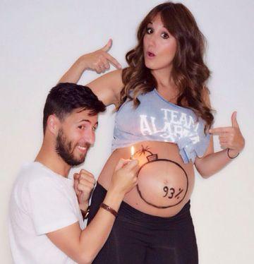 fotos divertidas de parejas embarazo