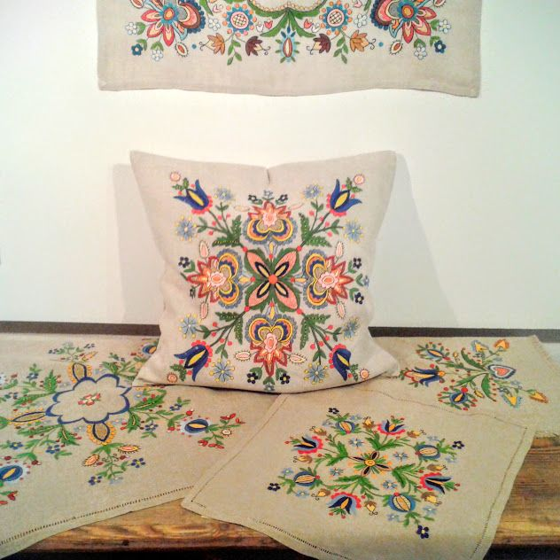 Embroidered pillow in MSC in Kluki