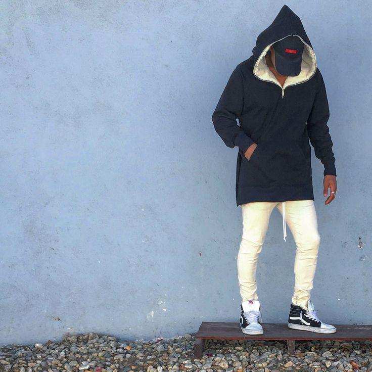 The Half Zip Sherpa Hoodie - Black