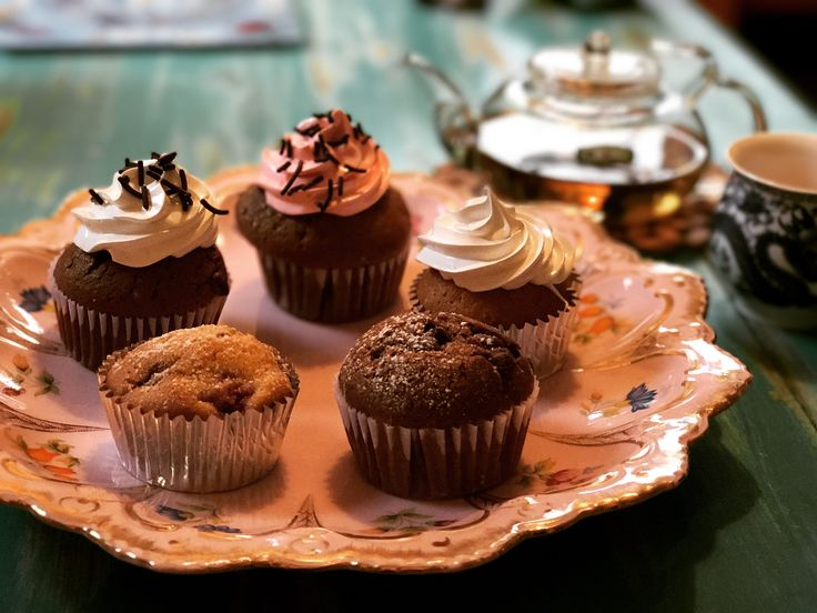 Mix cupcakes, muffins de frambuesa y madrina de choco chips